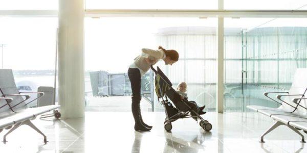 vakantie-baby-vliegveld