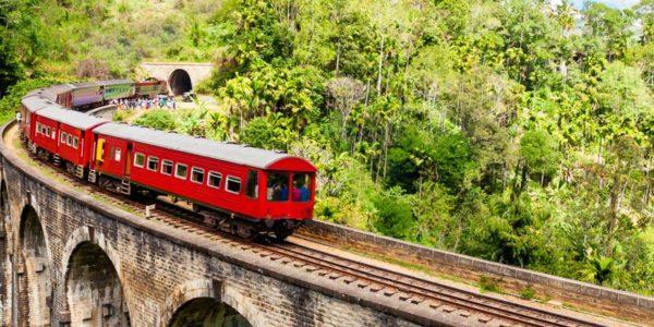 nine-arch-bridge-sri-lanka