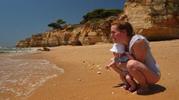 Zó geniet je optimaal van de Algarve mét baby
