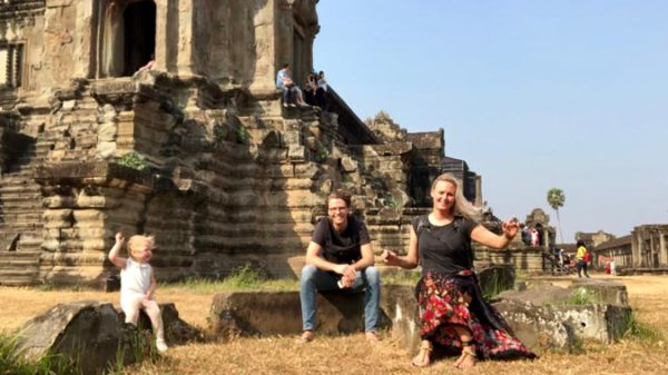 Bloedhitte en 20+ muggen op de kamer: Anne, Joep en Puck in adembenemend Angkor Wat