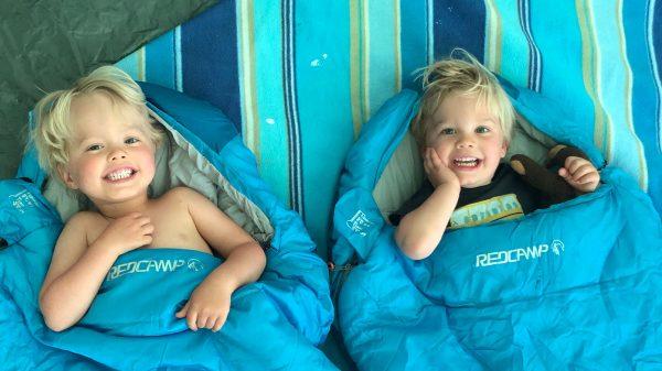Kinderen en slapen op vakantie: 7 tips van slaapcoach Christien