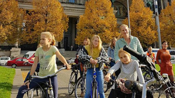 Berlijn ontdekken met kids? Brechje pakte de fiets (en het was super!)