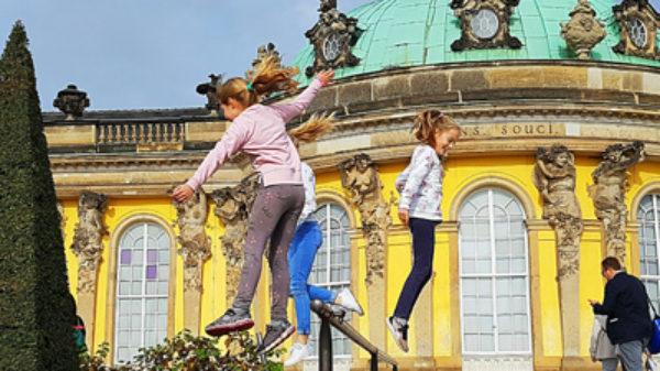 Met de auto én 3 kinderen naar Berlijn – hoe bereid je je daarop voor?
