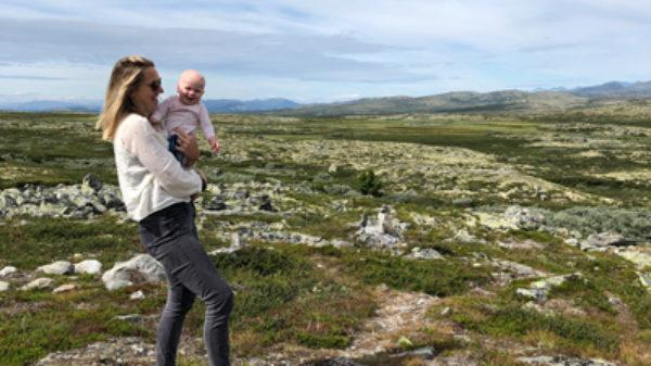 Eerste vakantie met baby: Irene ging met dochter Saar op roadtrip door Denemarken en Noorwegen