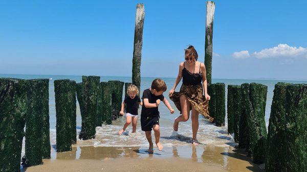 Een echt bucketlistmomentje: slapen op het strand (met kinderen)!