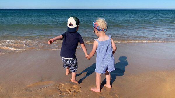 Met de kids op vakantie naar Portugal in coronatijd: lege stranden en alleen op het resort!
